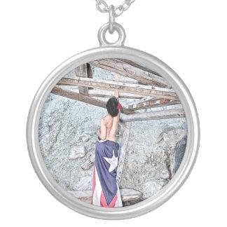 Esperanza -完全なイメージ シルバープレートネックレス