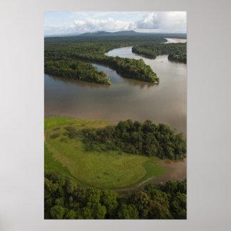 Essequiboの川、ガイアナの最も長い川、 ポスター