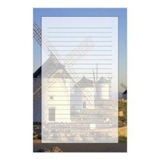EU、スペインのLa Mancha、Consuegra。 風車 便箋