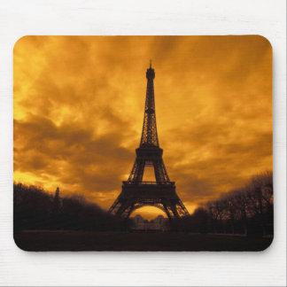 EU、フランス、パリ。  エッフェル塔 マウスパッド