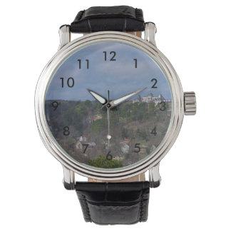 Eurekaの丘の側面 腕時計