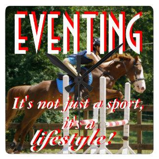 EVENTING。それはちょうどスポーツ、それですライフスタイルではないです! スクエア壁時計