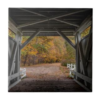 Everattの道の屋根付橋 タイル