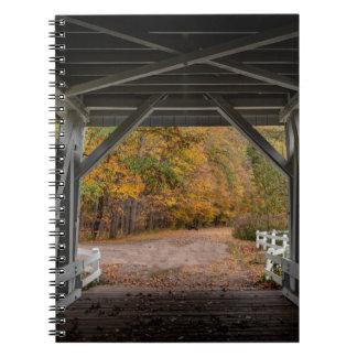 Everattの道の屋根付橋 ノートブック