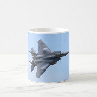 F-15Eの殴打のワシ コーヒーマグカップ