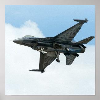 F-16戦いの《鳥》ハヤブサ ポスター