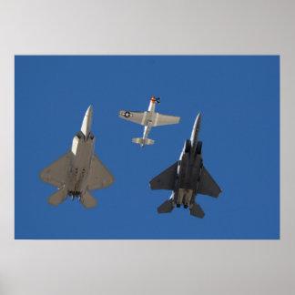 F-22猛禽、P-51ムスタングおよびF-15ワシ ポスター