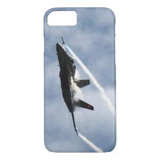 F/A-18戦闘機の飛行機のエア・ショーの発育阻害飛行 iPhone 8/7ケース