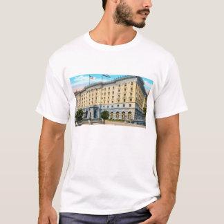 Fairmontのホテル2 Tシャツ