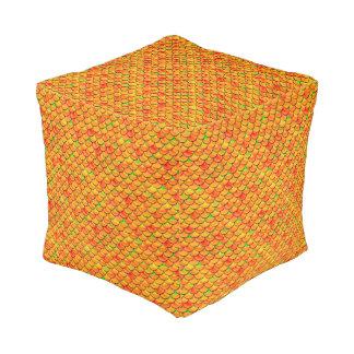 Fallnのオレンジおよび緑のスケール プーフ