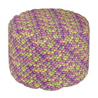 Fallnの紫色および緑のスケール プーフ