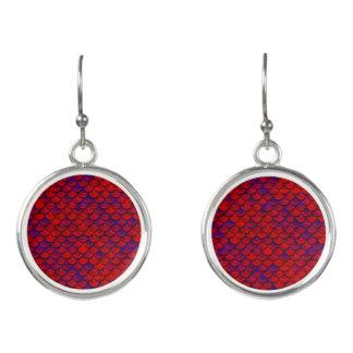 Fallnの赤いおよび紫色のスケール イヤリング