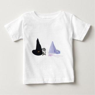 FantasyGoodEvil053110 ベビーTシャツ