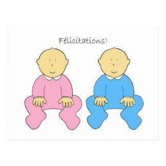 Félicitations、フランスのな双生児、男の子および女の子 葉書き