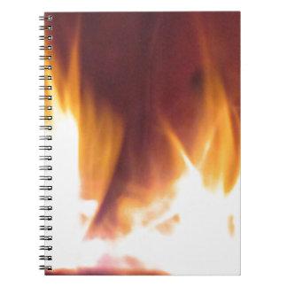 firepitの踊りの炎 ノートブック