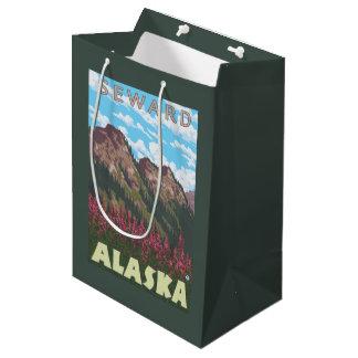 Fireweed及び山- Seward、アラスカ ミディアムペーパーバッグ