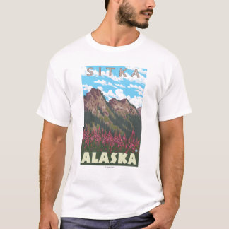 Fireweed及び山- Sitka、アラスカ Tシャツ