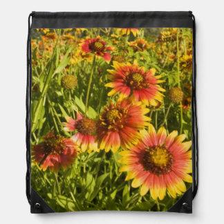 FirewheelsのGaillardiaのpulchellaの)野生の花 ナップサック