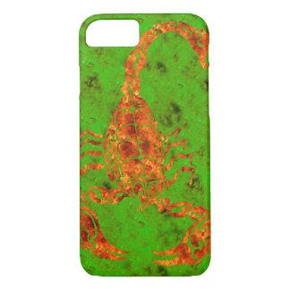 Fireyの赤いですか緑の手描きの蠍 iPhone 8/7ケース
