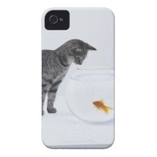 fishbowlの好奇心が強い猫の監視金魚 Case-Mate iPhone 4 ケース