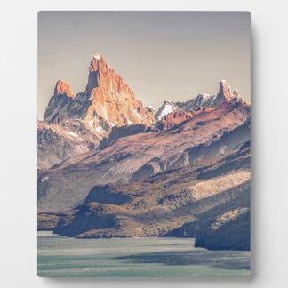 FitzローイおよびPoincenot山のパタゴニア フォトプラーク