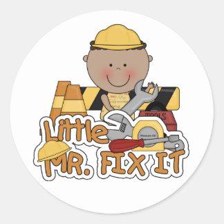 Fix It Construction Tshirtsおよびギフト小さい氏 ラウンドシール