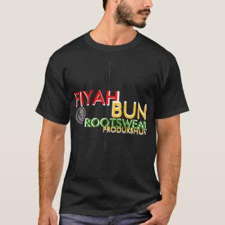 FIYAHのパン#2のTシャツ Tシャツ