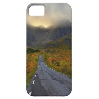 Flakstadoyaの島ノルウェーの山の中央山塊 iPhone SE/5/5s ケース