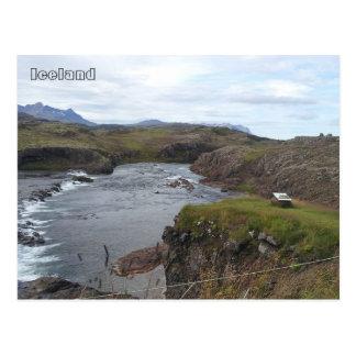 Flókadalsáの川、Borgarnesの近くで、アイスランド ポストカード