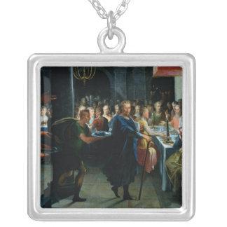 Francusに宴会を提供するサイコロ シルバープレートネックレス