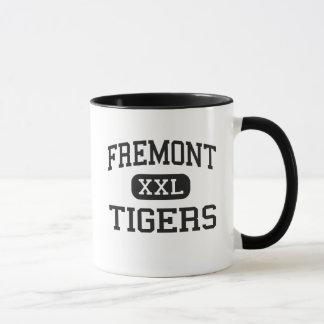 Fremont -トラ-高等学校- Fremontネブラスカ マグカップ