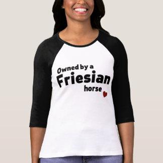Friesianの馬 Tシャツ