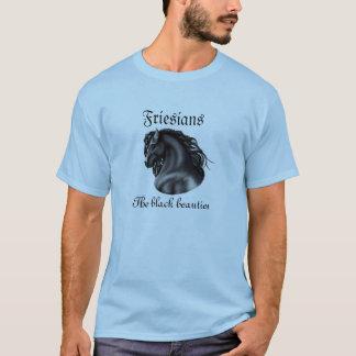 Friesians、黒い美しい、種馬の馬 Tシャツ