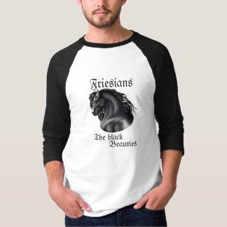 Friesians、黒い美しい Tシャツ