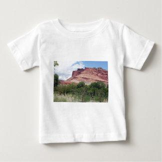 Fruitaの国会議事堂礁の国立公園、ユタ、米国5 ベビーTシャツ