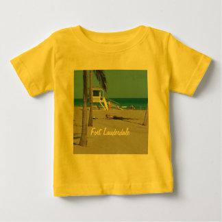 Ft Lauderdaleのビーチのライフガードの立場 ベビーTシャツ