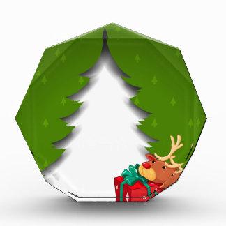 gを抱き締めているトナカイが付いている緑のクリスマスカード 表彰盾