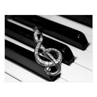 Gクレフ、音符記号が付いているピアノバー ポストカード
