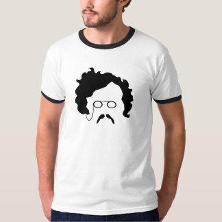 G K Chestertonの口ひげの人のTシャツ Tシャツ