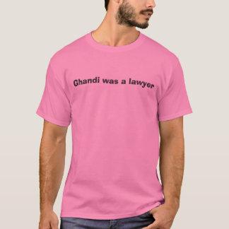 Gandhiは弁護士でした Tシャツ