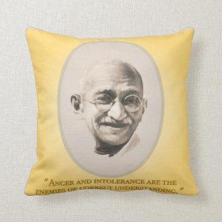 Gandhi クッション