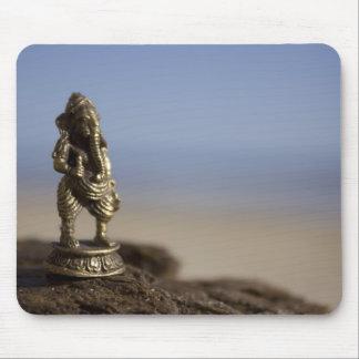 Ganeshaのビーチ マウスパッド