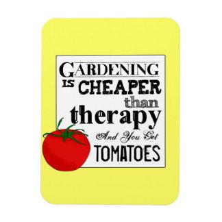 Gardening = Therapy + Tomatoes マグネット