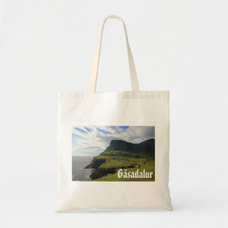 Gásadalurのフェロー語の村: バッグ