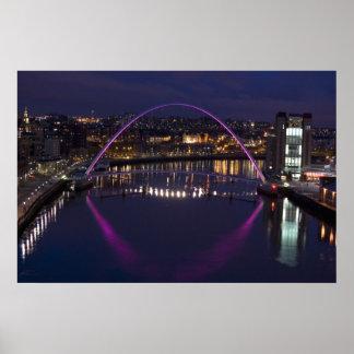 Gatesheadの千年間橋 ポスター
