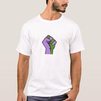 Genderqueerのプライドの握りこぶしのワイシャツ Tシャツ