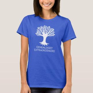 Genealogistの非凡な家系歴のギフト Tシャツ