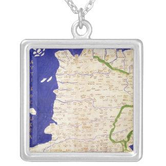 「Geographiaからのスペインそしてポルトガルの地図、 シルバープレートネックレス