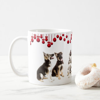 German Shepherd Puppies and Red Ornaments コーヒーマグカップ
