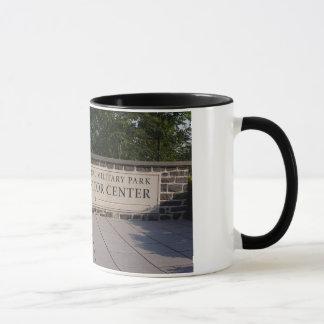 Gettysburgの訪問者の中心のマグ マグカップ
